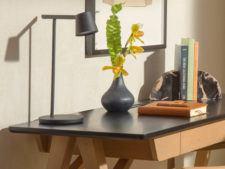 Guestroom desk detail